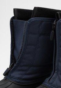 Polo Ralph Lauren - QUILO ZIP UNISEX - Zimní obuv - navy/red - 5