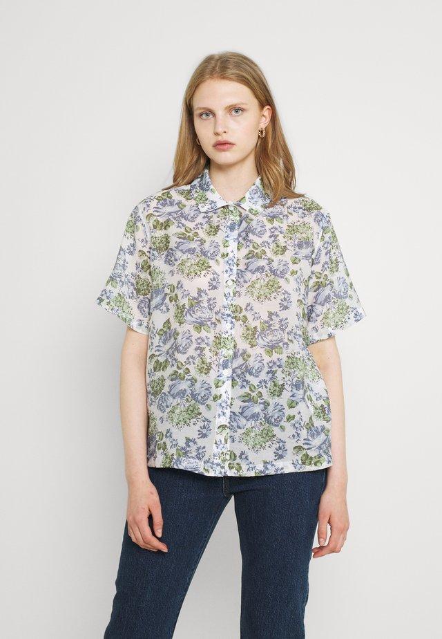 SABINE SHIRT - Button-down blouse - lynn plein air