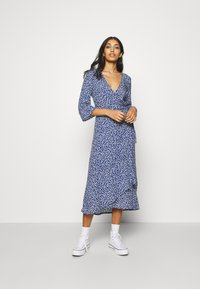 Monki - AMANDA DRESS - Maxi šaty - blue - 1