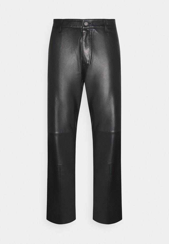 WEJN - Spodnie skórzane - black