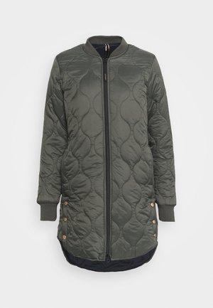 SITARA - Vinterkappa /-rock - pine grey