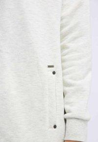 DreiMaster - Zip-up hoodie - white - 3