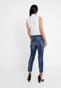 Herrlicher - SHYRA CROPPED - Slim fit jeans - dark blue denim - 2