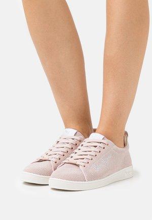 BROMPTON  - Tenisky - pink