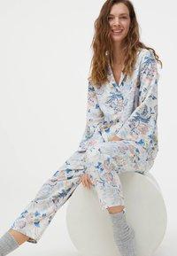 OYSHO - Pyjama top - light blue - 4