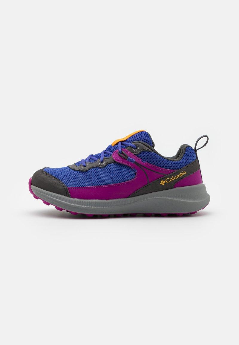 Columbia - YOUTH TRAILSTORM UNISEX - Hiking shoes - light grape/bright plum