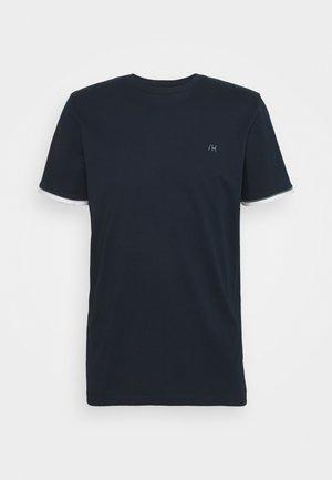 SLHREGPAT O NECK TEE - Printtipaita - navy blazer