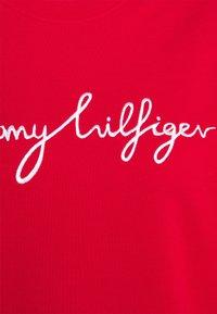 Tommy Hilfiger Curve - GRAPHIC - Sweatshirt - red - 6