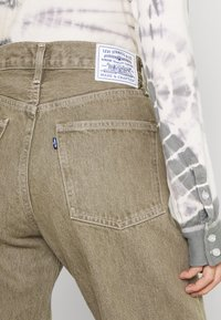 Levi's® Made & Crafted - LONG COLUMN - Relaxed fit jeans - light moss - 4