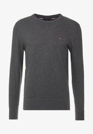PIMA CREW NECK - Sweter - grey