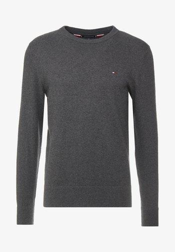 PIMA CREW NECK - Stickad tröja - grey