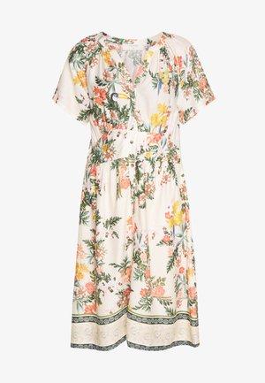 JEANETTA DRESS - Skjortekjole - whisper pink