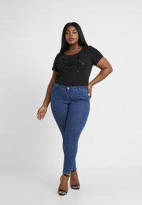 Missguided Plus - ANARCHY MID RISE - Jeans Skinny Fit - indigo - 1