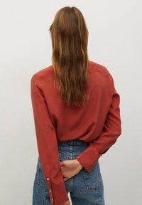 Mango - COMO - Button-down blouse - rood - 2