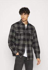 Selected Homme - SLHLOOSETHOMAS - Shirt - grey - 0