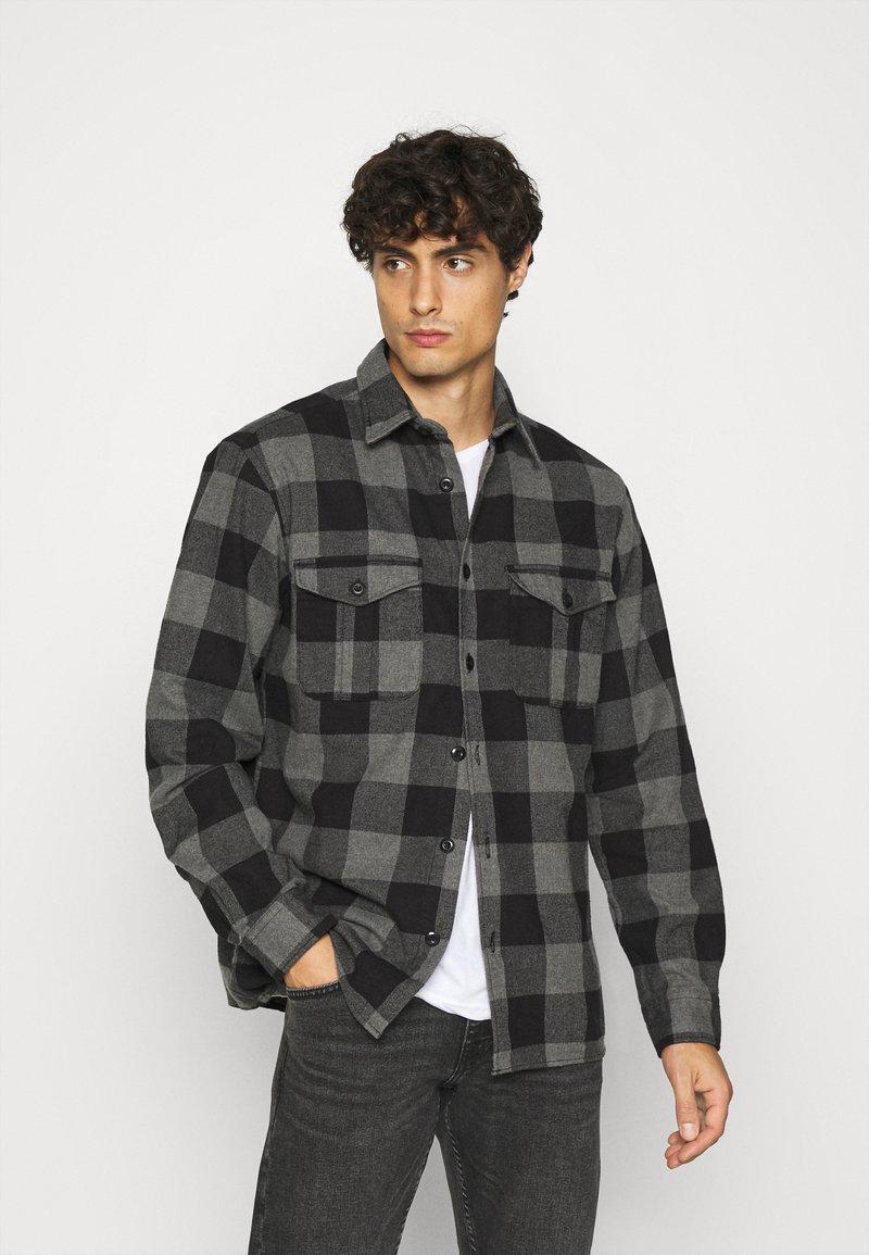 Selected Homme - SLHLOOSETHOMAS - Shirt - grey