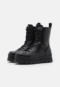 UGG - SHEENA - Platform ankle boots - black - 2