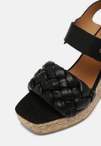 Kanna - SONIA - Platform sandals - schwarz - 7