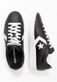 Converse - PRO LEATHER - Sneakers - black/white - 1