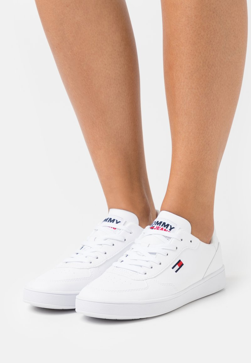 Tommy Jeans - CUPSOLE - Trainers - white
