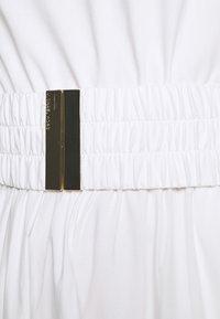 MICHAEL Michael Kors - ONE SHOULDER MIDI DRESS - Vapaa-ajan mekko - white - 6