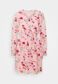 Pieces - PCFLOWI  DRESS - Robe d'été - peachskin - 4