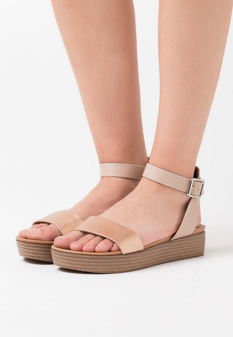 New Look - GENIUS - Sandály na platformě - rose gold