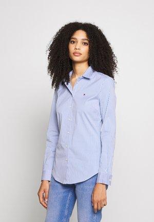 ESSENTIAL - Skjorte - copenhagen blue