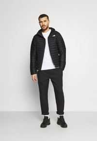 The North Face - NEW - Down jacket - black - 1