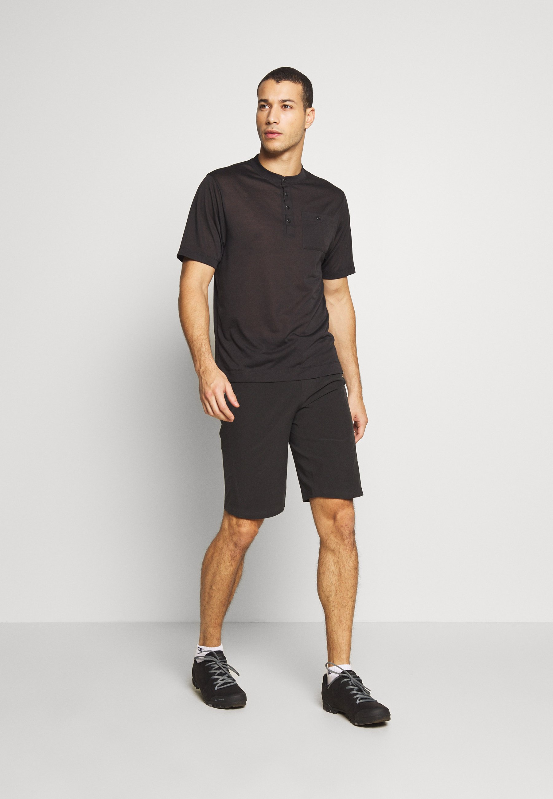 Patagonia DIRT ROAMER BIKE SHORTS - Short de sport - black