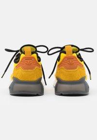 adidas Originals - NINJA ZX 2K BOOST SHOES UNISEX - Sneakers basse - yellow/legend gold/tech copper - 2