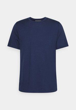 TECH LITE II TEE - Basic T-shirt - royal navy