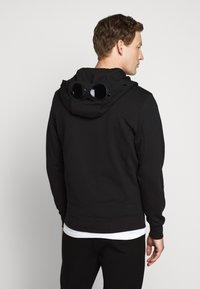C.P. Company - HOODED OPEN DIAGONAL - veste en sweat zippée - black - 2