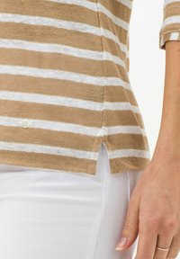 BRAX - STYLE CLAIRE - Long sleeved top - sand - 4