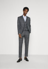 Tommy Hilfiger Tailored - STRIPE DOBBY - Formal shirt - classic blue - 1