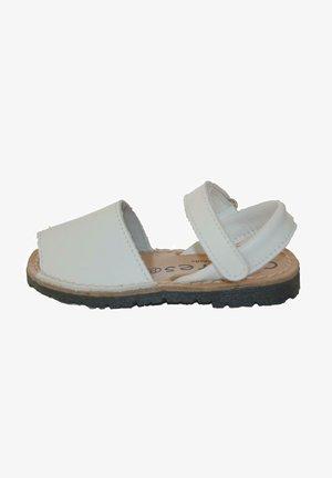 MENORQUINAS AVARCAS - Sandalias - blanco
