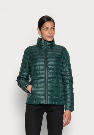 ULTRA LIGHT WEIGHT JACKET - Light jacket - dark pine green