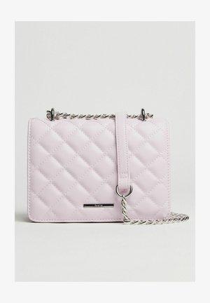 GESTEPPTE  - Across body bag - pink