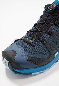 Salomon - XA PRO 3D V8 - Hiking shoes - sargasso sea/imperial blue - 5