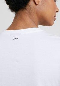 HUGO - THE PLAIN TEE - Basic T-shirt - white - 5