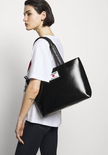 Handbag - fantasy color
