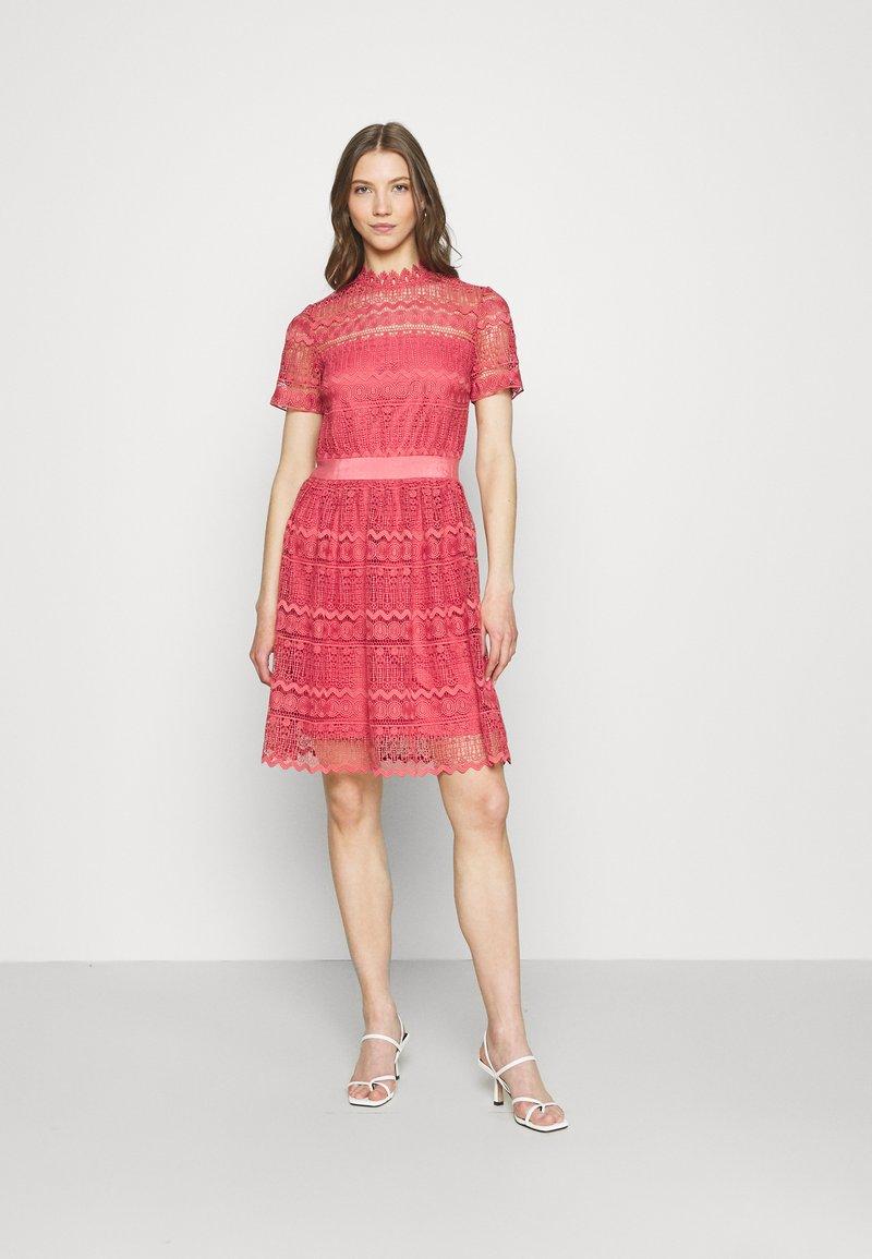 Vila - VINELLY DRESS - Cocktail dress / Party dress - slate rose