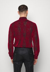 Twisted Tailor - ANDRESCO - Camicia - red - 2