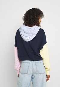 Hollister Co. - COLORBLOCKED CROPPED - Felpa - navy - 2