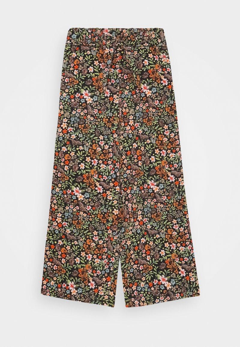 Name it - NKFVINAYA WIDE PANT - Trousers - vibrant orange