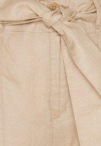 Lauren Ralph Lauren - SOFT DRAPEY PANT - Trousers - birch tan - 2