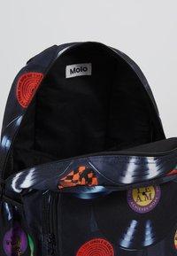 Molo - BIG BACKPACK - Batoh - black - 5