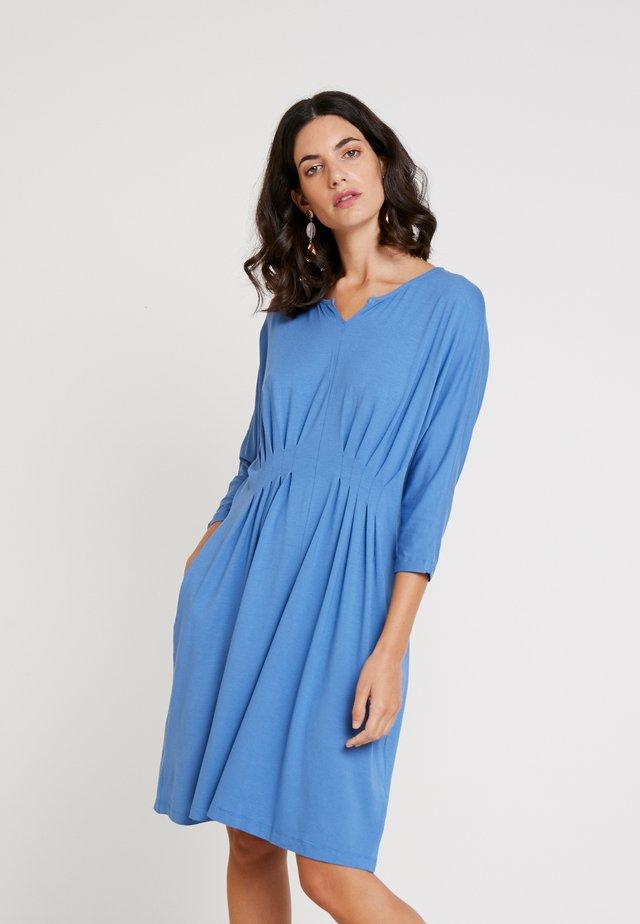 NESSIE DRESS - Vestido ligero - riverside