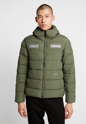 NILS - Zimní bunda - green