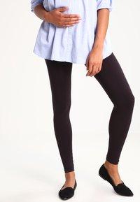 Zalando Essentials Maternity - 2 PACK - Leggings - Trousers - black - 0